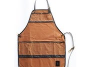 The Craftsman's Apron: Brown & Black