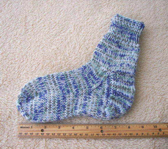 AQUAMARINE: Hand Knit Seamless Socks in Superwash Merino Wool