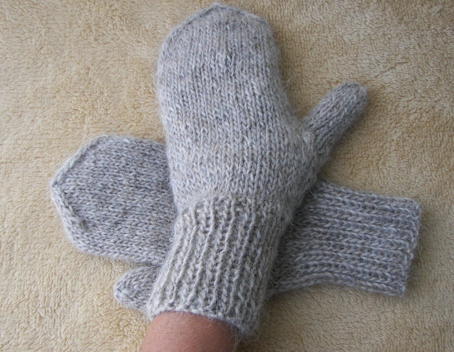 Hand Knit ICELANDIC Lopi WOOL Mittens in Oatmeal or by ATIdesign