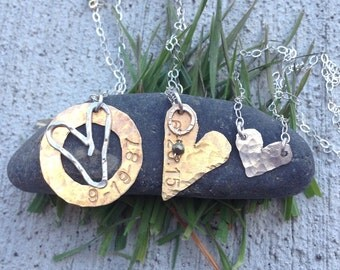 WEDDING DATE necklace. Great BRIDE gift. Perfect memorable gift for her special day