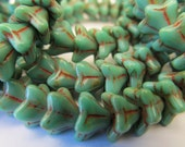 25 Czech Glass Star Flower Bead in Opaque Green Turquoise with Picasso Finish 5.5x9mm