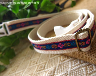 Utility Belt Beige  - Free Size for Kids and Adults Adjustable with Folkish Embroidery Embellishment in Yellow or Blue Trim