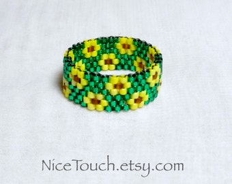 SUMMER SALE!!! Free Shipping or Save 20% ~ Summer Sunflowers beaded ring ~ Made to Order