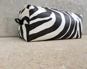 Handmade Faux Zebra Makeup Bag, Faux Zebra Vinyl Cosmetics Bag, Vinyl Cosmetics Bag, COS72753
