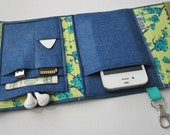 Nerd Herder gadget wallet in Bloom In Blue for iPhone, Android, Samsung Galaxy S5, MP3, digital camera, smartphone, guitar picks