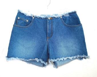 90's Denim Shorts High Rise Waist  size - L