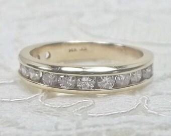 Estate 14k Yellow Gold Channel Set 0.84 Total Carat Weight Diamond Wedding Band Size 7