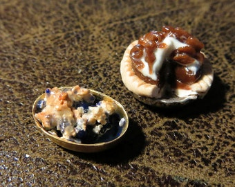 1:24 1/2 Scale Cobbler and Pie For Miniature Dollhouse by FatCatDesigns