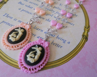 Lolita Mermaid necklace and heart beads peach or pink