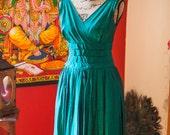 1950s Kelly Green Swing Dress