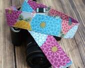 Camera Strap - Retro Chrysanthemum - Gifts for Women - dSLR Camera Strap