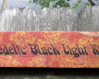 Vintage - Retro - Psychedelic Black Light Kit - International Brotherhood of Electrical Workers - Union Made