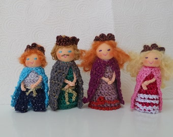 King Queen Prince Princess Finger Puppets, Royal Family Finger Puppets, Crocheted Finger Puppets