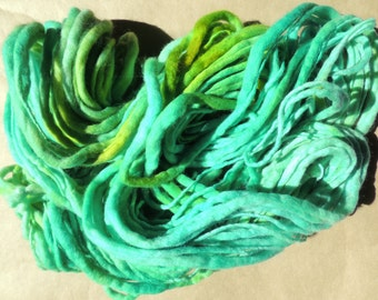 SALE - MERINO Thick and Thin Yarn - Sea Coral