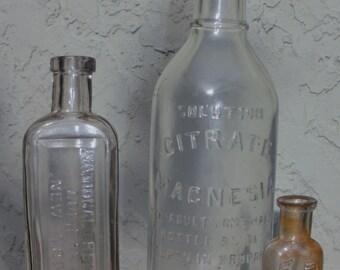 Antique Bottle, Curiosity ,medicine bottle, Collectable bottle, Apothecary, Pharmaceuticals, Old decoritive bottles