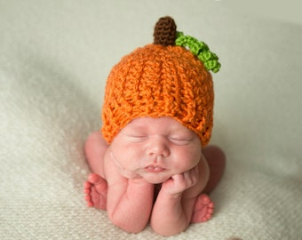 Baby Pumpkin Hat, Orange Jack-O-Lantern, Newborn to 6 Month, Halloween Hat, Baby Costume, Pumpkin with green leaf, Fall Photo Props for Baby