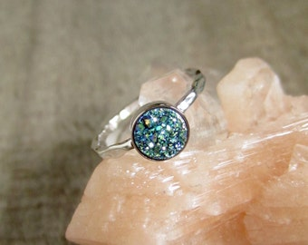 Tiny Blue Green Druzy Ring, Drusy Ring, Druzy Quartz Jewelry, Gemstone Ring, Stacking Ring, Sterling Silver Hammered Band