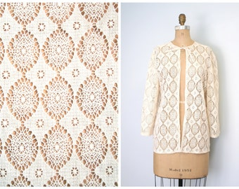 cream lacey crochet lace jacket - 50s / Country Bride - vintage 1950s / lightweight cardigan - bedjacket
