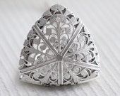 Locket Necklace, Silver Filigree Triangle Locket, Floral Locket Jewelry,Pendant,Flower Locket,vintage style,Wedding,bridesmaid