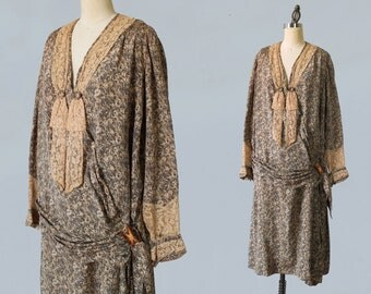 1920s Dress / 20s Mottled Silk and Lace Flapper Day Dress / L XL