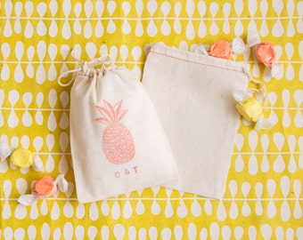 Pineapple Favor Bags - Wedding Favors Bags - Pineapple Party Favors - Beach Wedding Favors - Tropical Wedding Favors - Destination Wedding