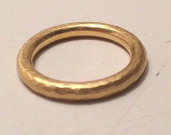 22k Handcrafted 3mm Hammered Ring (wedding band)