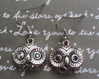 Gorgeous owl dangle earrings