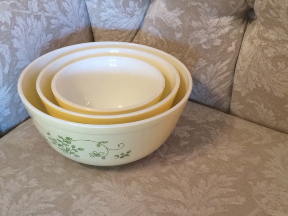 Vintage Yellow Milk Glass Pyrex Bowls With Green Floral And