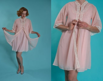 Vintage 1970s Lingerie Peignoir Set - Babydoll Lace Robe Blush Pink - Honeymoon Fashions