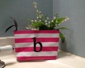Small Makeup Bag/ Pink Makeup Bag/ Monogrammed Makeup Bag/ Personalized Cosmetic Bag/ Monogrammed Cosmetic Bag/ Personalized Toiletry Bag