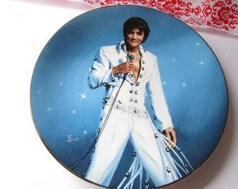 Vintage 'Elvis Presley Enterprises', King of Las Vegas' collector plate, second issue!