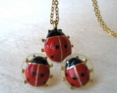 Vintage ladybug pendant and earrings set - enamel, gold tone chain, red, black, small