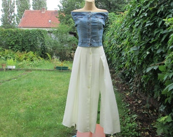 Buttoned  Skirt Vintage / Long / Maxi / White / Size EUR 36 X UK 8 / Two Slits in Front / Two Slits on Back