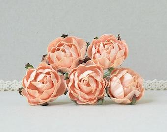 30  mm   / 5  Peach  Paper  Rose Buds