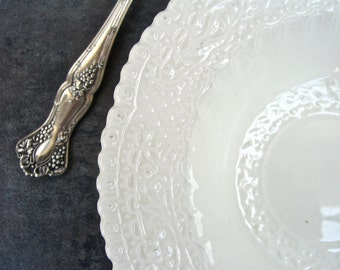 Ornate Embossed White Fruit Bowl, Soap Dish, Shabby Chic Cottage Decor, George Jones Princess Crescent, Made in England