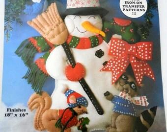 Christmas Felt Wall Hanging Kit 5109 Design Works Craft, Snowman Squirrel Raccoon Christmas Beaded Sequin Felt Wall Hanger Kit - CHRISTMAS