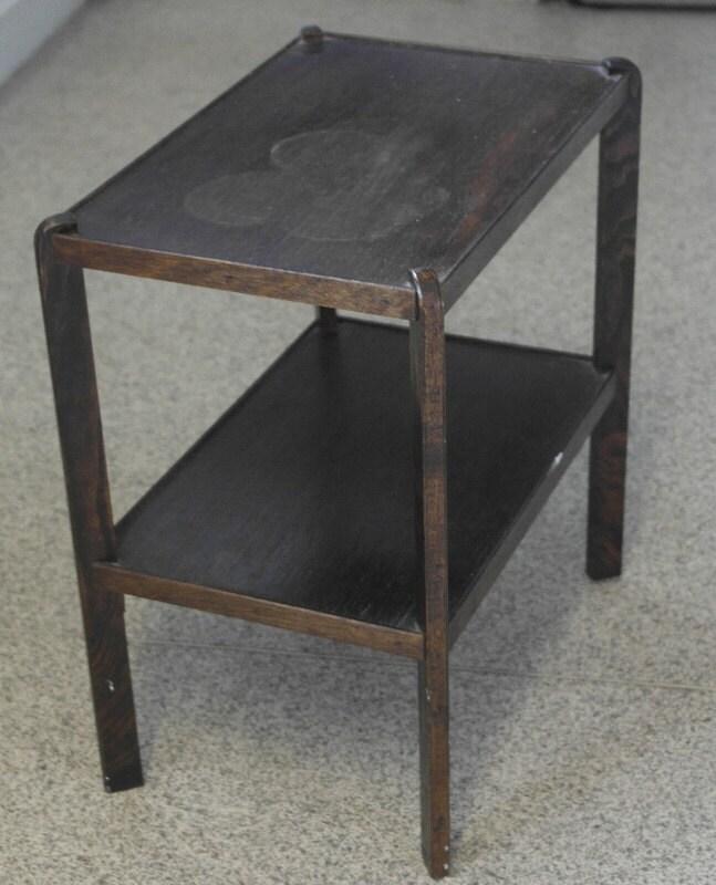 Antique 1920 small 2 leval oak side coffee table haute juice - Petite table haute ...