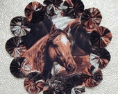 Horse Yo Yo Doily