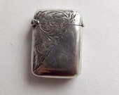 Victorian small decorated silver vesta case, hallmarked  Rolason Brothers, Birmingham, England 1899