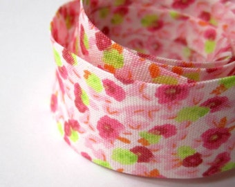 3.25yds / 3 metres of 1 inch / 25mm pink and green floral bias binding
