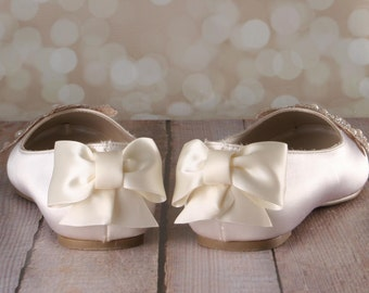 Ivory Wedding Shoes, Wedding Flats, Ballet Wedding Shoes, Custom Wedding Shoes, Closed Toe Shoes, Lace Wedding Shoes, Bow Wedding Shoes