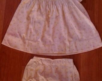 70s Carters 2 piece baby girl panti-dress