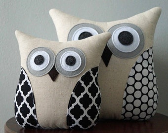 Black & White Pillow - Dots and Quatrefoil Owl Pillow - Modern Decor - Large or Small