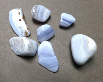 Tumbled Blue Lace Agate. Agate. Tumbled Stone. Gemstone. Rock. Undrilled. Wire Wrapping Stone. 20mm-28mm. One (1)