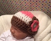 Neapolitan crochet baby girl hat with flower