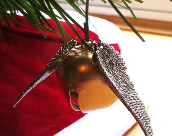 how to make a golden snitch christmas ornament