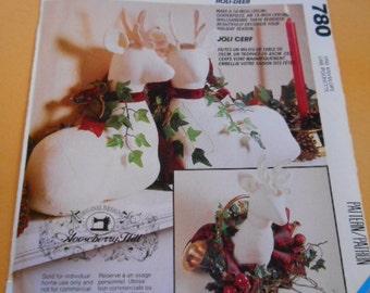 McCalls 780, Crafts, Stuffed Deer and Deer Head Wall Mount