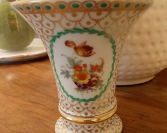 Ebeling and Reuss, ERPhila Pottery, Germany, white and gold with green dotted trim and flowers