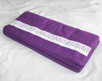 Vintage purple flannel sheets. Double bed. Full bed
