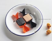 12 Halloween origami candies || Halloween party favors | small origami candy boxes -sweet Halloween